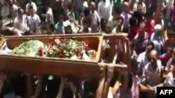 Humus'da askerler tarafından öldürülen bir sivil dün toprağa verildi