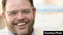 Jay Baer, creator of the social media marketing company Convince & Convert.