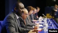 Tieman Hubert Coulibaly (alors ministre des Affaires étrangères) , Bruxelles, le 5 février 2013. (REUTERS/Francois Lenoir)