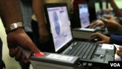 El convenio haría posible a Cuba expedir documentos de identidad venezolanos a extranjeros.