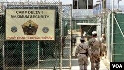 Detenidos de Guantánamo serían refugiados en Uruguay.