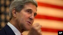 2013年10月12日美国国务卿克里在美国驻阿富汗使馆讲话(资料照片)