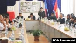 Đại tá Nguyễn Địch Nam, Phó Cục trưởng Cục Cảnh sát Điều tra tội phạm ma túy, thông báo kết quả một tháng làm việc tại CH Séc. (Ảnh chụp màn hình trang web vietnamplus.vn).