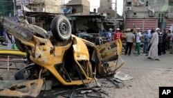 29일 이라크 바그다드에서 발생한 차량폭탄테러 현장. 이 날 이라크 전역에서 테러 공격으로 50여명이 사망했다.