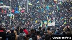 Віче на Майдані Незалежності.