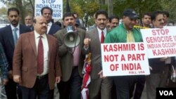 Demonstrasi anti India di Kashmir-India.