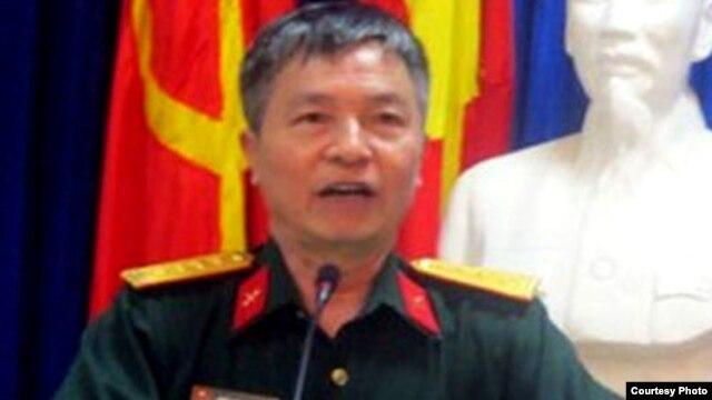 Phó Giáo sư Đại tá Trần Đăng Thanh.