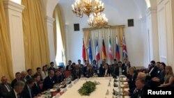 伊朗核协议剩余签字国代表7月28日在维也纳举行会议,重申履行协议。