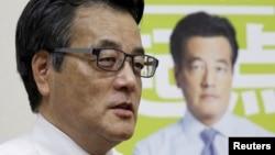 오카다 가쓰야 일본 민주당 대표. (자료사진)