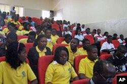 Conferência de jovens no Namibe