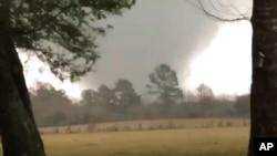 Tornado menerjang negara bagian Mississippi, Selasa malam (24/3), menyebabkan kerusakan berat di perbatasannya dengan Alabama. (Foto: ilustrasi)