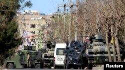 Xuruj Turkiyaning aholisi asosan kurdlardan iborat Diyorbakir shahrida ro'y berdi.