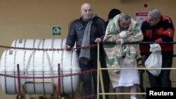 Vụ cháy phà Hy Lạp: Hàng trăm người được giải cứu, nhiều người vẫn còn trên phà