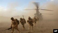 کشته شدن یک عسکر بریتانوی در افغانستان