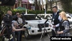 Перший заступник голови СММ ОБСЄ Александр Гуґ на церемонії відкриття передової патрульної бази СММ в м. Щастя, 25 травня 2016.