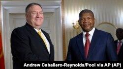 Mike Pompeo e João Lourenço encontraram-se em Luanda