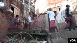 Khu ổ chuột Cantagalo ở Brazil.