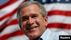 George W. Bush diz que poder pode ser muito viciante e corrosivo