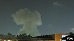 NATO terus menyerang sasaran-sasaran pendukung Gaddafi di Tripoli.