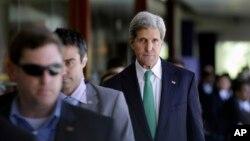 美國國務卿約翰.克里10月5 日出席在巴厘島的亞太經合(APEC)峰會。