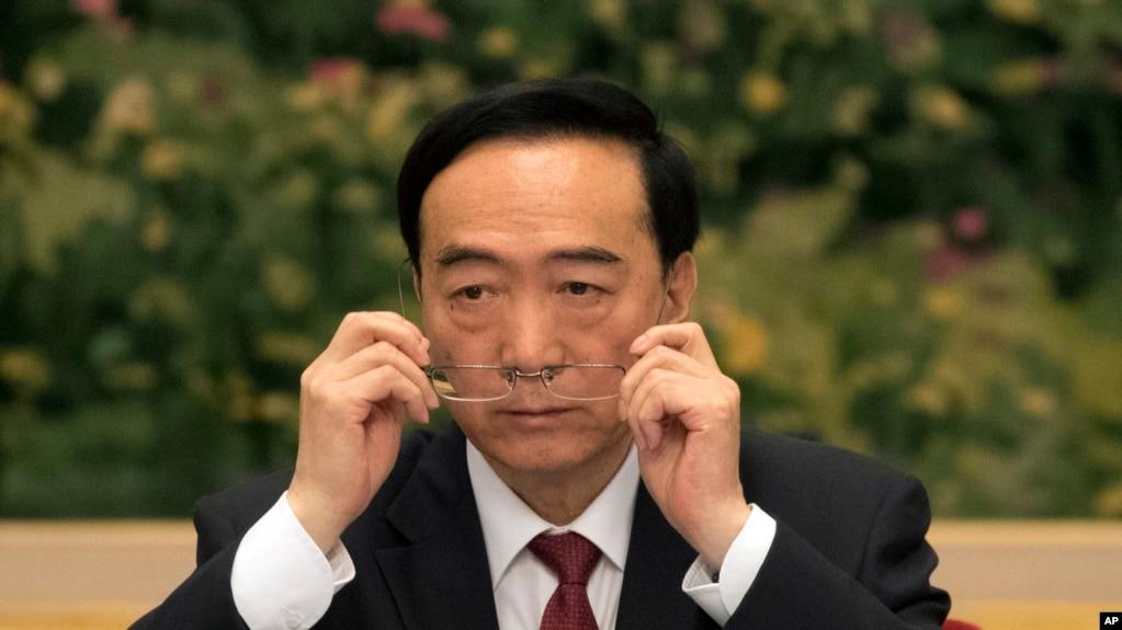 2017年10月19日,在北京舉行的中共第十九次黨代會期間,新疆黨委書記陳全國在新疆代表團會議上。