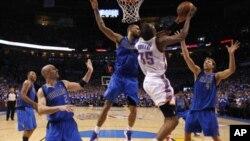 Далас на чекор до финалето на НБА