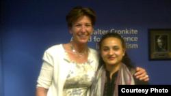 فاطمہ علی بیکی اینڈرسن کے ساتھ