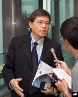 卢德临医生:经济快速发展可能给人压力
