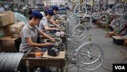 چین میں بائیسکل سازی کا کارخانہ