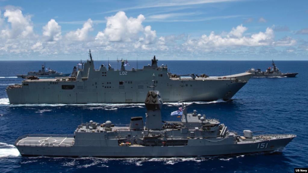 澳大利����加入美��和日本��在菲律�e海�e行�合�演(美��太平洋��2020年7月21日照片)