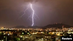 UK Scientists Find Evidence that High-Energy Solar Particles Trigger Lightning on Earth