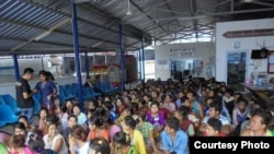 Burmese Migrants arrested in Maesod.