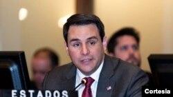 El embajador de EE.UU ante la OEA, Carlos Trujillo, anunció el martes 10 de septiembre de 2019 que su país está dispuesto a apoyar la invocación del TIAR para presionar al gobierno en disputa de Nicolás Maduro.