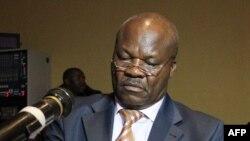 Roger Lumbala, mokambi ya RDC-N mpe moko na bakambi ba M23, awa na Kampala, Ouganda, 6 février 2013.
