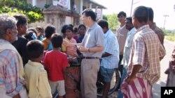 美國之音記者海濤採訪印尼海嘯(2006年12月)