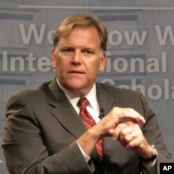罗杰斯众议员认为中国是网络空间的威胁