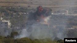 İsrail askerleri, Suriye'deki çatışmaları Golan Tepeleri'nden de gözleyebiliyor