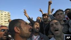 埃及人民要求處理腐敗問題。