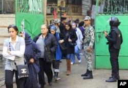 Malgré les récentes protestations, les Egyptiens ont fait la queue pour voter, les 28 et 29 novembre 2011