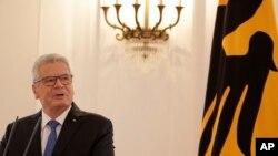 2012'de cumhurbaşkanı seçilen Joachim Gauck, ikinci görev dönemi için aday olmayacağını duyurmuştu