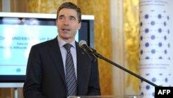 Rasmusen: NATO, Rusia të bashkëpunojnë për mbrojtjen nga raketat