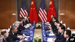 美国总统奥巴马和中国国家主席胡锦涛3月26日在首尔举行会晤