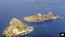 Pulau di kepulauan Senkaku yang disengketakan oleh Jepang dan Tiongkok, yang diperkirakan kaya sumber daya minyak (foto: dok).