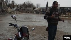 库尔德军队攻击和联军空袭后的城市科巴尼