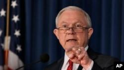 Una creciente acumulación de casos de inmigración obstaculiza los esfuerzos del gobierno de EE.UU. para deportar más inmigrantes.