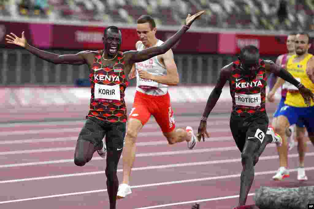 Emmanuel Korir, of Kenya, reacts as he crosses the finish line to win the final of the men's 800-meters at the 2020 Summer Olympics, Wednesday, Aug. 4, 2021, in Tokyo. (AP Photo/Matthias Schrader)
