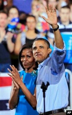 Barak Obama rafiqasi Mishel bilan