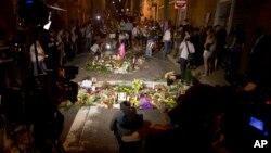 Bdenje za stradalu ženu tokom protesta u Šarlotsvilu