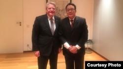 德国总统高克周一晚间会见高瑜的律师莫少平(中国旅德人权活动人士苏雨桐提供)