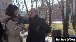 紀念碑人權組織領導人羅津斯基(美國之音白樺拍攝)
